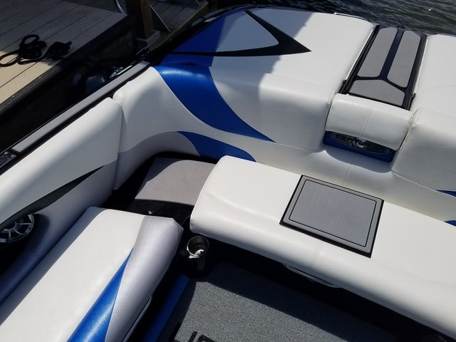 Seat step and transom.jpg